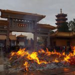 【写真で楽しむ上海】900年代に建てられた七宝教寺の儀式